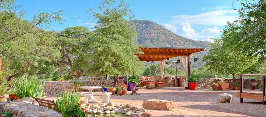 lodging near tucson az birding Resort near Willcox